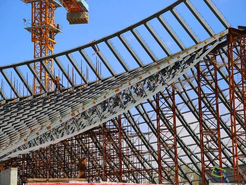 钢结构行业